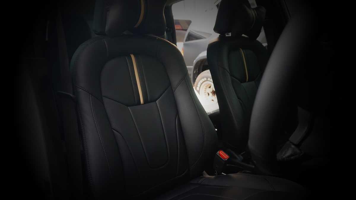 Jok Paten Mobil Bahan Kulit Vision Levante Tangerang